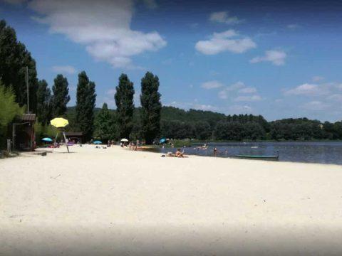 Plage de sable fin en Dordogne
