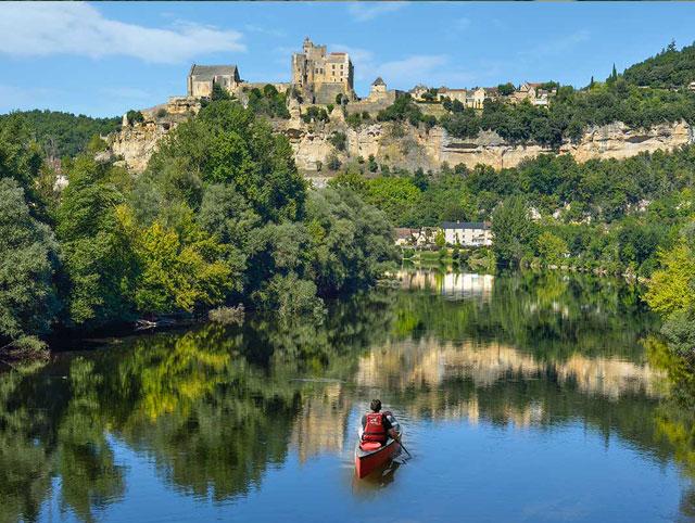 Canoë rivière Dordogne Beynac proche de Sarlat