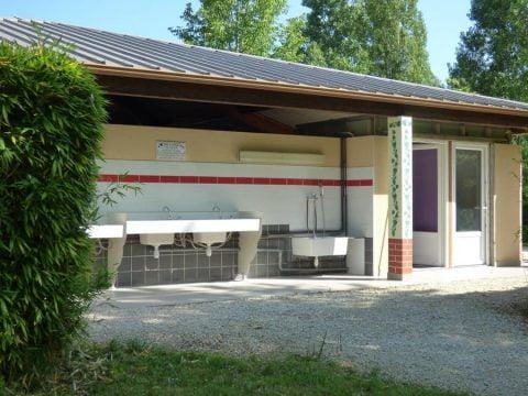 Sanitaires propres et agréables dans Camping Dordogne