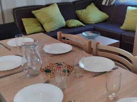Photo de la cuisine du mobilhome en Dordogne