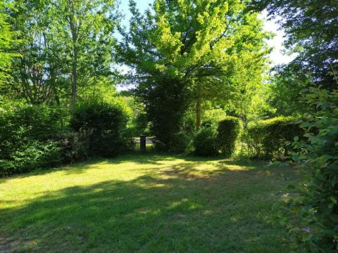Grands Emplacements pour camping car en Dordogne