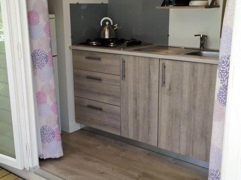 Photo de la cuisine du Mobil-home Super Vénus en Dordogne